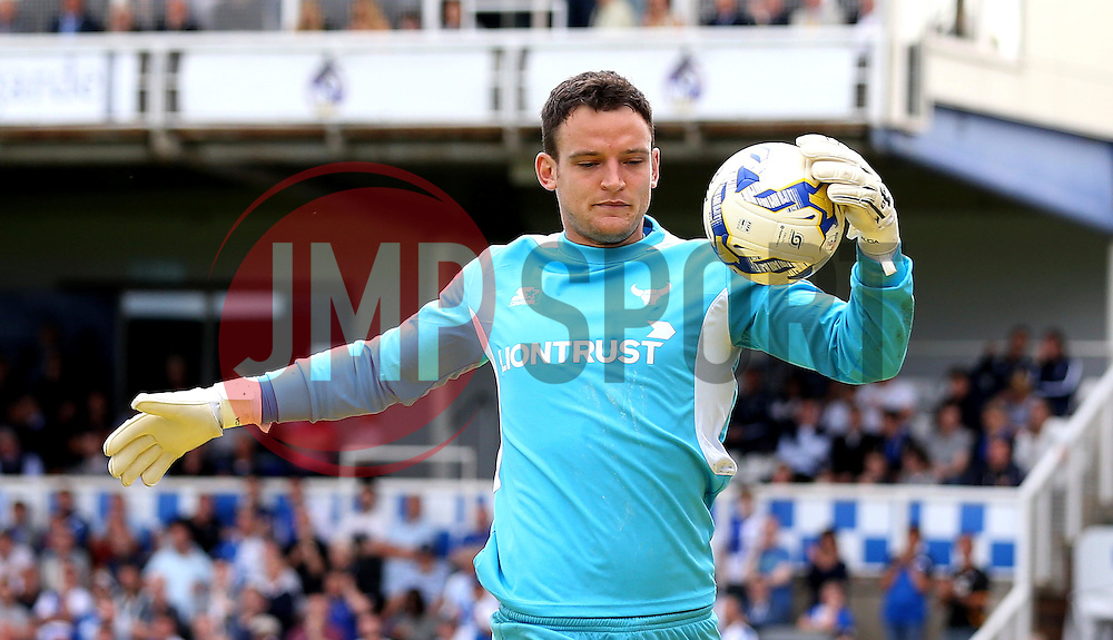 Simon Eastwood of Oxford United - Mandatory by-line: Robbie Stephenson/JMP - 14/08/2016 - FOOTBALL - Memorial Stadium - Bristol, England - Bristol Rovers v Oxford United - Sky Bet League One