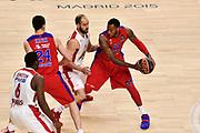 DESCRIZIONE : Madrid Eurolega Euroleague 2014-15 Final Four Semifinal Semifinale Cska Moscow Olympiacos Piraeus Athens Cska Mosca Olympiacos Atene <br /> GIOCATORE : Sonny Weems<br /> SQUADRA : CSKA Mosca<br /> CATEGORIA : palleggio blocco difesa<br /> EVENTO : Eurolega 2014-2015<br /> GARA : Cska Mosca Olympiacos Atene<br /> DATA : 15/05/2015<br /> SPORT : Pallacanestro<br /> AUTORE : Agenzia Ciamillo-Castoria/GiulioCiamillo<br /> Galleria : Eurolega 2014-2015<br /> DESCRIZIONE : Madrid Eurolega Euroleague 2014-15 Final Four Semifinal Semifinale Cska Moscow Olympiacos Piraeus Athens Cska Mosca Olympiacos