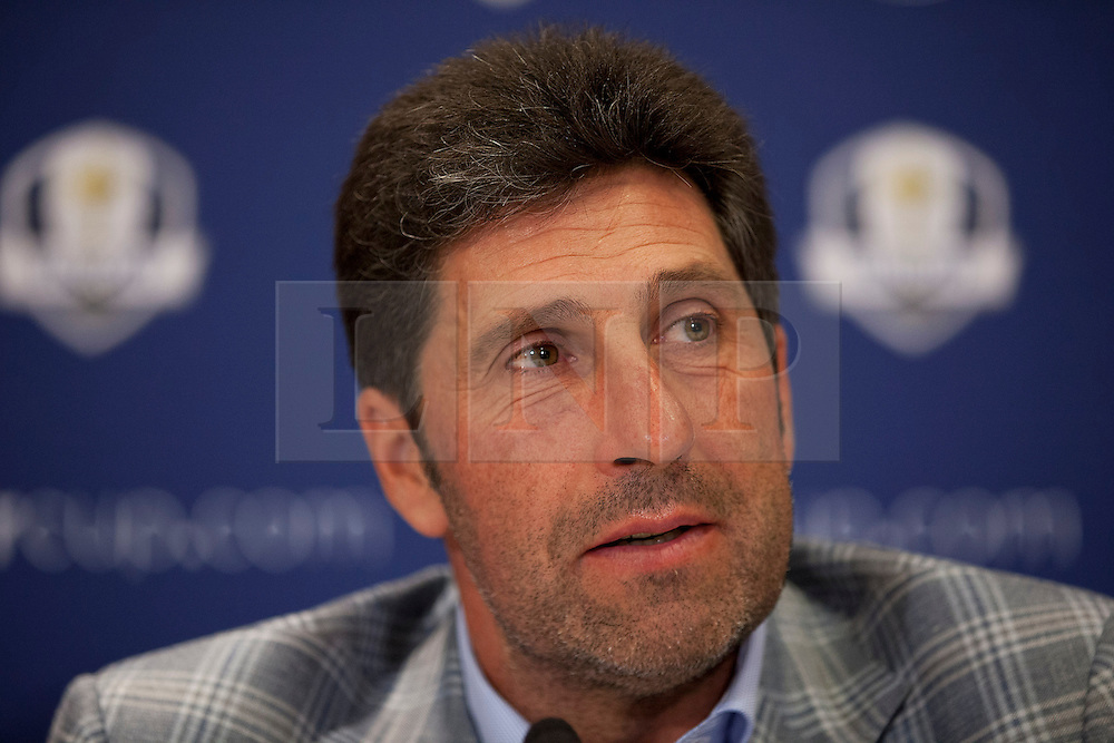 © Licensed to London News Pictures. 02/10/2012. LONDON, UK. European Ryder Cup Team captain José María Olazábal of Spain is seen at a press conference at Heathrow Airport in London today (02/10/12) after winning the 39th Ryder Cup in Chicago, USA, on Sunday (30/09/12). Photo credit: Matt Cetti-Roberts/LNP
