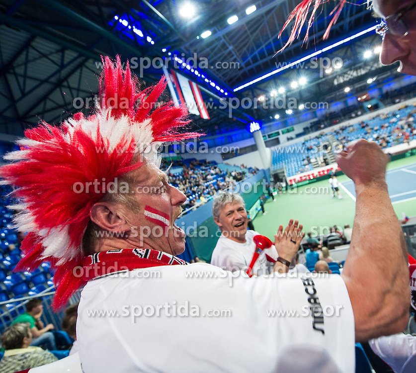 05.04.2014, Aegon Arena, Bratislava, SVK, ITF, Davis Cup, Slowakei vs Oesterreich, 2. Runde, Europa-Afrika-Zone I, im Bild Österreichische Fans // Österreichische Fans during the 2nd round of Europe Africa zone one of ITF Davis Cup between Slovakia and Austria at the Aegon Arena in Bratislava, Slovakia on 2014/04/05. EXPA Pictures © 2014, PhotoCredit: EXPA/ Michael Gruber