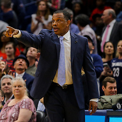 Mar 21, 2018; New Orleans, LA, USA; New Orleans Pelicans head coach Alvin Gentry against the Indiana Pacers during the second half at the Smoothie King Center. The Pelicans defeated the Pacers 96-92. Mandatory Credit: Derick E. Hingle-USA TODAY Sports