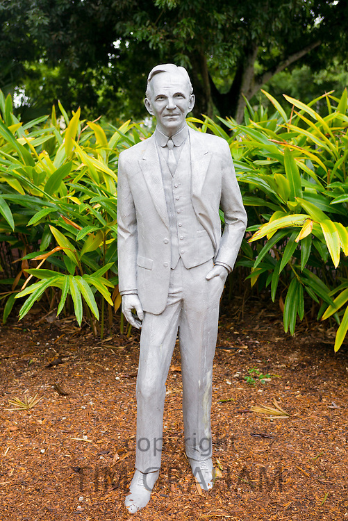Statue of Henry Ford by sculptor D.J. Wilkins at the magnate's winter estate home 'The Mangoes' at Fort Myers, Florida, USA