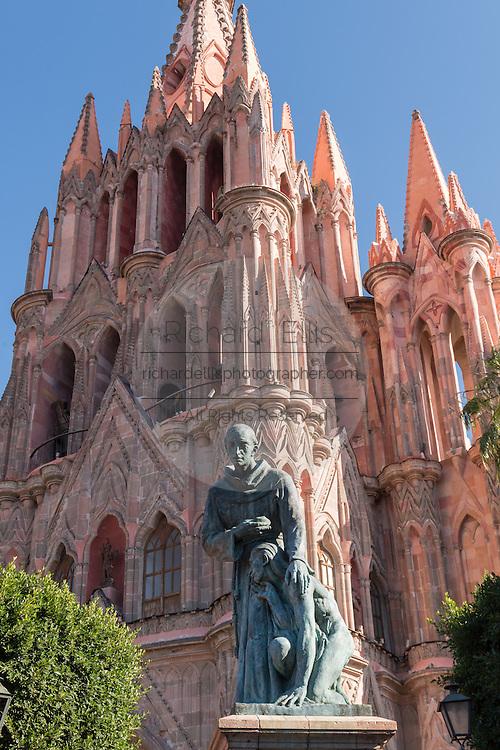 Statue of Fray Juan de San Miguel in front of the Parroquia de San Miguel Arcangel church in San Miguel de Allende, Mexico.