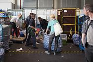 Hilfe für Flüchtlinge. Hamburger Messehalle