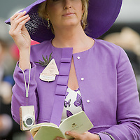 ASCOT, ENGLAND - JUNE 18:  Penny Lancaster inside the Parade Ring for Ladies Day at Ascot Racecourse on June 18, 2009 in Ascot, England.  (Photo by Marco Secchi/Getty Images)