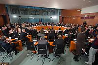 01 DEZ 2014, BERLIN/GERMANY:<br /> Uebersicht, 7. Nationaler Integrationsgipfel, Bundeskanzleramt<br /> IMAGE: 20141201-01-020<br /> KEYWORDS: Übersicht