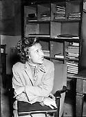1954, 06/07/1954, Maureen 'Little Mo' Connolly - World Famous Tennis Player in Dublin.