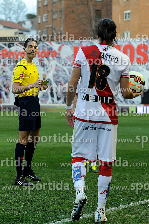 28.02.2015, Campo de Futbol, Madrid, ESP, Primera Division, Rayo Vallecano vs Levante UD, 25. Runde, im Bild Rayo Vallecano&acute;s Ze Castro receives a yellow card from the referee Inaki Viand Garrido // during the Spanish Primera Division 25th round match between Rayo Vallecano and Levante UD at the Campo de Futbol in Madrid, Spain on 2015/02/28. EXPA Pictures &copy; 2015, PhotoCredit: EXPA/ Alterphotos/ Luis Fernandez<br /> <br /> *****ATTENTION - OUT of ESP, SUI*****