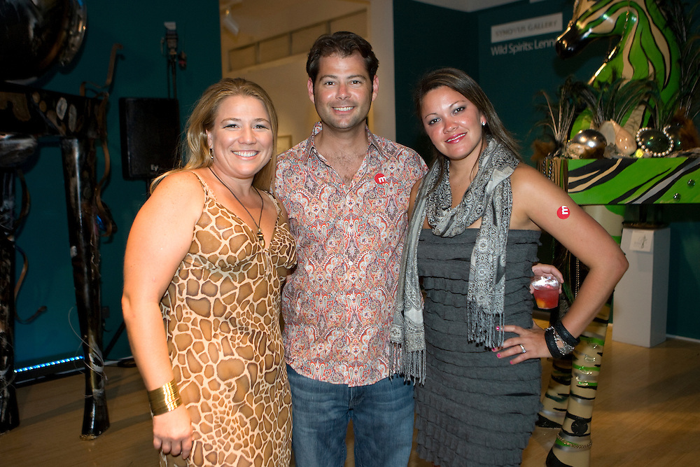 "FREE_WildParty..Caption:(Saturday 08/08/2009 St. Petersburg) Lara Shelton, Larry and Joanna Parkin..Summary:Morean Arts Center celebrates it's Wild Spirits exhibition with ""The Wild Party.""..Photo by James Branaman"