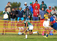 GEORGE, SOUTH AFRICA - SEPTEMBER 24: Dowayne Smart of RSK Evergreens scores a try during the Gold Cup 2016 match between RSK Evergreens and Pirates at Pacaltsdorp Sports Ground on September 24, 2016 in George, South Africa. (Photo by Roger Sedres/Gallo Images)