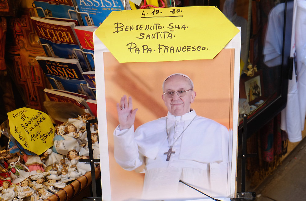 ASSISI, ITALY - OCTOBER 03:  Souvenirs with the image of the Pope is seen in  Assisi ahead of the visit of Pope Francis on October 3, 2013 in Assisi, Italy. Pope Francis is due to venerate the tomb of San Francesco of Assisi tomorrow during his one-day visit to the city.  (Photo by Marco Secchi/Getty Images)