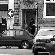 NLD/Amsterdam/19891221 - Yolande Adriaansens in haar huis Hemonystraat 9 Amsterdam