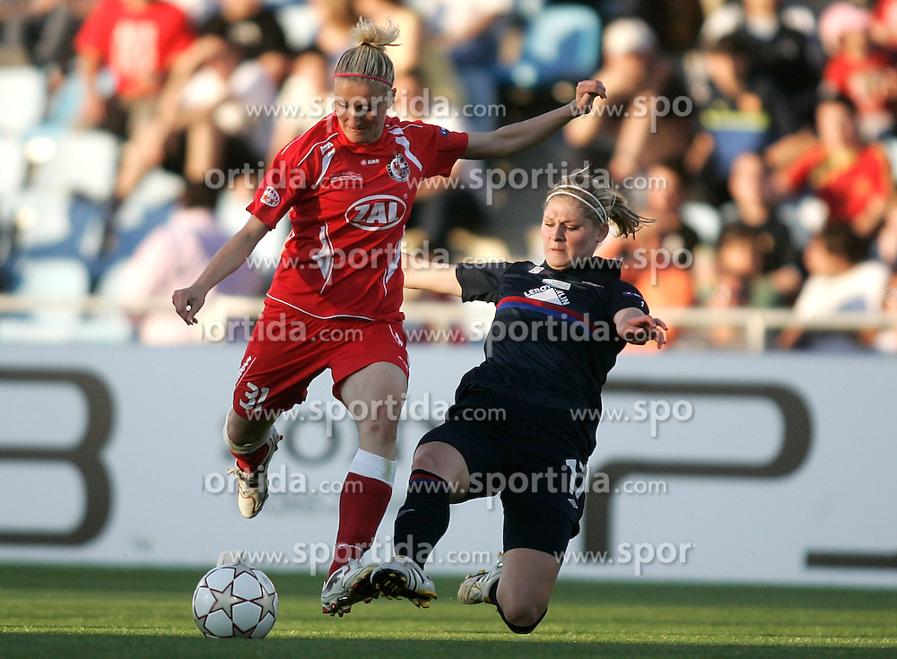 20.05.2010, Coliseum Alfonso Perez, Getafe, ESP, UEFA WOMEN Champions League Final 2010, Olympique Lyonnais vs Turbine Postdam, im Bild Turbine Postdam Anja Mittag against Olympique Lyonnais Corine Franco during. EXPA Pictures © 2010, PhotoCredit: EXPA/ Alterphotos/ Alvaro Hernandez / SPORTIDA PHOTO AGENCY