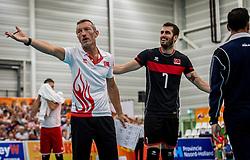 25-09-2016 NED: EK Kwalificatie Nederland - Turkije, Koog aan de Zaan<br /> Nederland plaatst zich voor het EK in Polen door Turkije met 3-1 te verslaan / Coach Zanini TUR