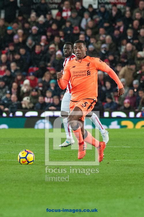 Georginio Wijnaldum of Liverpool looks for an option during the Premier League match at the Bet 365 Stadium, Stoke-on-Trent<br /> Picture by Matt Wilkinson/Focus Images Ltd 07814 960751<br /> 29/11/2017