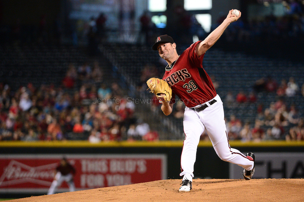 PHOENIX, AZ - JUNE 12:  Robbie Ray #38 of the Arizona Diamondbacks delivers a pitch in the first inning against the Miami Marlins at Chase Field on June 12, 2016 in Phoenix, Arizona.  (Photo by Jennifer Stewart/Getty Images)