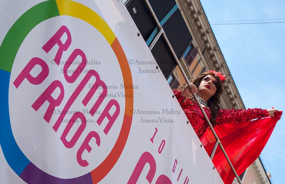 Migliaia di persone sfilano in corteo a Roma per il Pride 2017 a sostegno dei diritti delle persone Lgbtqi (lesbiche, gay, bisessuali, transessuali, queer e intersessuali).