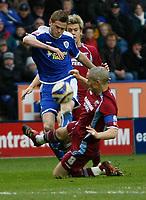 Photo: Steve Bond/Richard Lane Photography. <br />Leicester City v Scunthorpe United. Coca Cola Championship. 29/03/2008. Richard Stearman (L) has his shot blocked by Jim Goodwin (R)