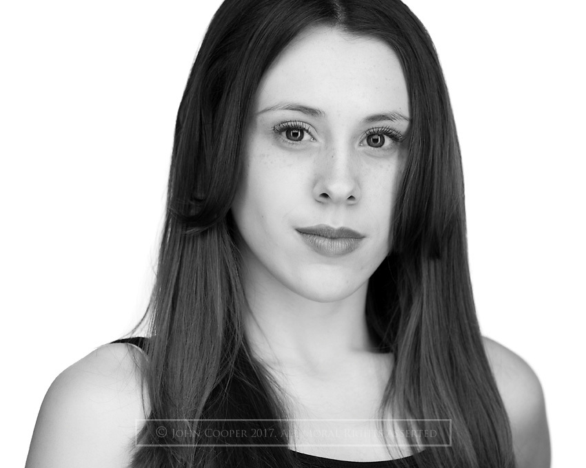 Headshot of actress Leah Scott.