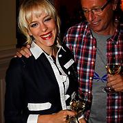 NLD/Hilversum/20100819 - RTL perspresentatie 2010, Stacey Rookhuizen en Eric van Tijn