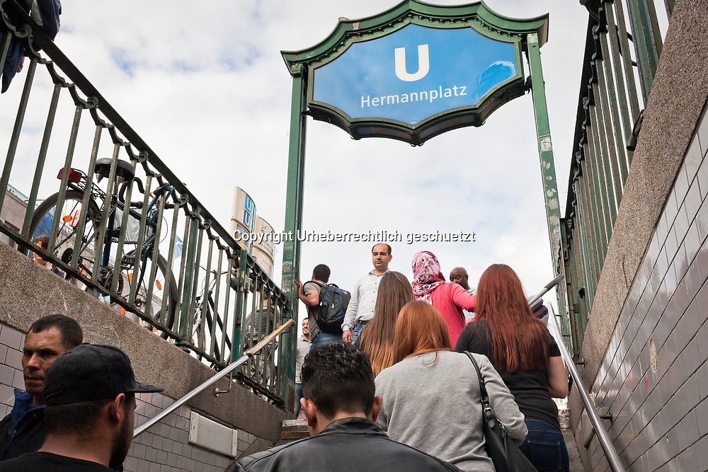Deutschland, Berlin, Kreuzberg, Hermannplatz,  Mazkin german class, is in Neukoelln, so he walks to the subwaystation Hermannplatz to get his train home to Marienfelde where is men dorm is located. Mazkin Mohamad, age 42, and father of five kids, came to Berlin, Germany. He is accepted as refugee seeking asylum with a permission for three years. His wife and his five kids, in the age between 1,5 and 15 years a trapped in Greece, where they stay in a refugee camp, near Thessaloniki. Mazkin is from Haseki, North Syria. He worked there as a taylor.