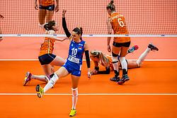 19-10-2018 JPN: Semi Final World Championship Volleyball Women day 18, Yokohama<br /> Serbia - Netherlands / Maja OgnjenovicC #10 of Serbia, Lonneke Sloetjes #10 of Netherlands, Laura Dijkema #14 of Netherlands