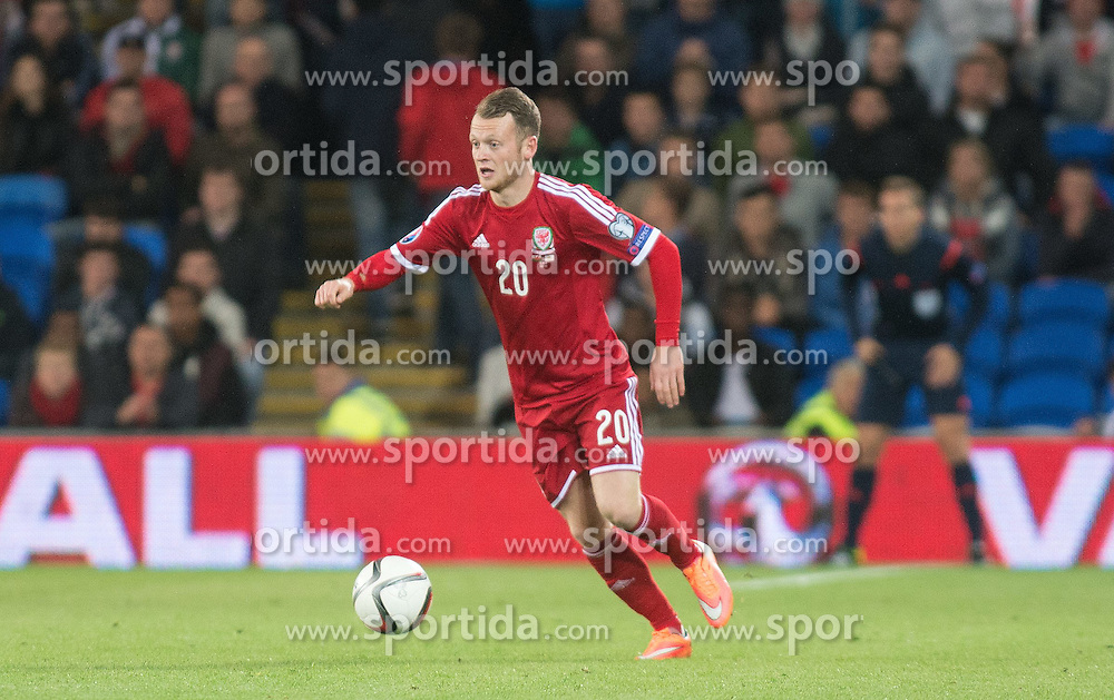 13.10.2014, City Stadium, Cardiff, WAL, UEFA Euro Qualifikation, Wales vs Zypern, Gruppe B, im Bild Wales Jake Taylor in action against Cyprus // 15054000 during the UEFA EURO 2016 Qualifier group B match between Wales and Cyprus at the City Stadium in Cardiff, Wales on 2014/10/13. EXPA Pictures &copy; 2014, PhotoCredit: EXPA/ Propagandaphoto/ Ian Cook<br /> <br /> *****ATTENTION - OUT of ENG, GBR*****