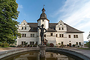 Renaissance-Schloss, Brunnen, Dornburger Schlösser, Dornburg, Thüringen, Deutschland | Old Castle, fountain figure, Dornburg castles, Dornburg, Thuringia, Germany