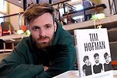 Boekpresentatie van Tim Hofman 's Gedichtenbundel