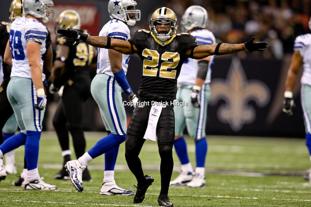 2009 December 19:  New Orleans Saints cornerback Tracy Porter (22) reacts after breaking up a pass against the Dallas Cowboys during the first half at the Louisiana Superdome in New Orleans, Louisiana.