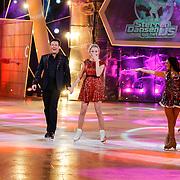 NLD/Hilversum/20130105 - 2de Liveshow Sterren Dansen op het IJs 2013, Gerard Joling en Tess Milne