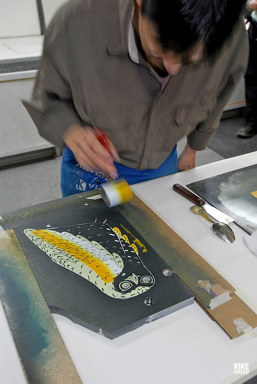 Traditional painting techniques of Nunavut and other Northern Territories. Baffin Island South, Cape Dorset. Nunavut., Southern Baffin Island. Canadian Arctic. Arctic Ocean.