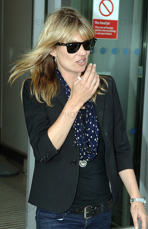 Kate Moss arrives at Edinburgh International Airport ahead of her boyfriends gig at the Liquid Rooms in Edinburgh tonight.