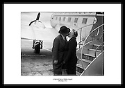 A farewell kiss at Dublin Airport<br />
