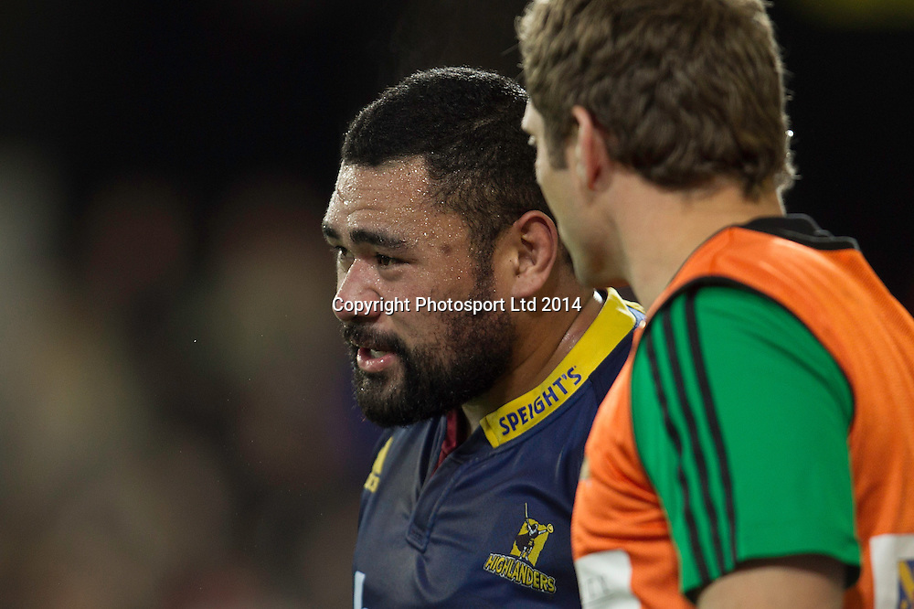 Ma'afu Fia of the Highlanders comes off the field injured during the Super Rugby game between The Chiefs and The Highlanders, Forsyth Barr Stadium, Dunedin. 27 June 2014. Photo: Teaukura Moetaua/www.photosport.co.nz