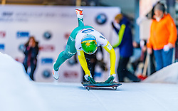 17.01.2020, Olympia Eiskanal, Innsbruck, AUT, BMW IBSF Weltcup Bob und Skeleton, Igls, Skeleton, Damen, 1. Lauf, im Bild Jaclyn Narracott (AUS) // Jaclyn Narracott of Australia in action during her 1st run of women's Skeleton competition of BMW IBSF World Cup at the Olympia Eiskanal in Innsbruck, Austria on 2020/01/17. EXPA Pictures © 2020, PhotoCredit: EXPA/ Stefan Adelsberger