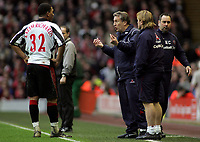 Photo: Paul Thomas.<br /> Liverpool v Sheffield United. The Barclays Premiership. 24/02/2007.<br /> <br /> Manager Neil Warnock (R) of Sheffield talks to his player Colin Kazim-Richards.
