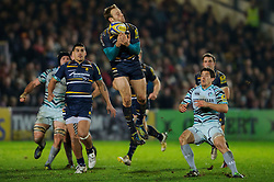 Worcester Full Back (#15) Chris Pennell takes a high ball during the second half of the match - Photo mandatory by-line: Rogan Thomson/JMP - Tel: Mobile: 07966 386802 04/01/2012 - SPORT - RUGBY - Sixways - Worcester. Worcester Warriors v Leicester Tigers - Aviva Premiership.
