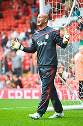 LIVERPOOL, ENGLAND - Saturday, September 26, 2009: Liverpool's goalkeeper Pepe Reina warms up before the Premiership match against Hull City at Anfield. (Photo by: David Rawcliffe/Propaganda)