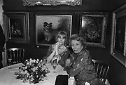 Mrs. Garnett and Mrs James Ford at Sotheby's 15/6/1987ONE TIME USE ONLY - DO NOT ARCHIVE  © Copyright Photograph by Dafydd Jones 66 Stockwell Park Rd. London SW9 0DA Tel 020 7733 0108 www.dafjones.com