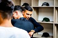 AMSTERDAM - rapper boef in zijn eigen pop up kleding zaak allen vandaag kunnen mensen de nieuwe kleding kopen vanaf vanavond alleen nog online . ROBIN UTRECHT