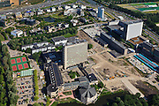 Nederland, Zuid-Holland, Rotterdam, 23-05-2011;.Brainpark: gebouwen en sportvelden van Erasmusuniversiteit en HBO-opleidingen met bouwput. Boven Rijksweg A16..University bulildings of the Erasmus University. Motorway A16 top of the picture..luchtfoto (toeslag), aerial photo (additional fee required).copyright foto/photo Siebe Swart