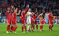 FUSSBALL CHAMPIONS LEAGUE SAISON 2017/2018 GRUPPENPHASE FC Bayern Muenchen  -  RSC Anderlecht             12.09.2017 SCHHLUSSJUBEL FC Bayern Muenchen; Jerome Boateng, Arjen Robben, Thomas Mueller, Torwart Manuel Neuer, Niklas Suele, Kingsley Coman, Robert Lewandowski und Thiago Alcantara (v.li.)