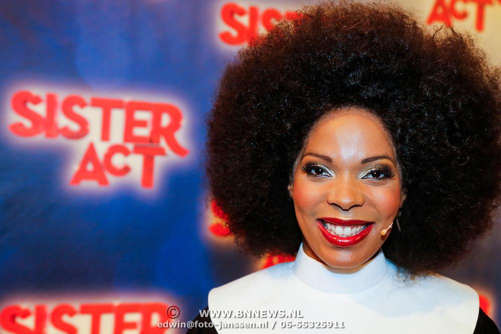 NLD/Amsterdam/20130123 - Perspresentatie musical Sister Act, cast, Caroline Dijkhuizen