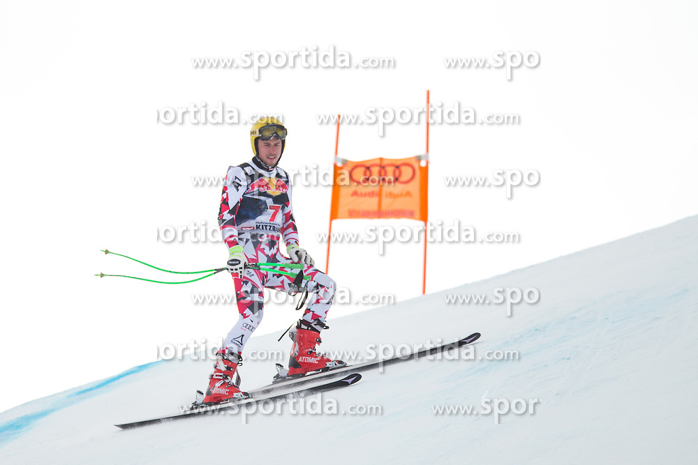 19.01.2016, Streif, Kitzbuehel, AUT, FIS Weltcup Ski Alpin, Kitzbuehel, 1. Abfahrtstraining, Herren, im Bild Max Franz (AUT) nach seinem Sturz // Max Franz of Austria after his crash during 1st Training of the men's Downhill Race of Kitzbuehel FIS Ski Alpine World Cup at the Streif in Kitzbuehel, Austria on 2016/01/19. EXPA Pictures © 2016, PhotoCredit: EXPA/ Johann Groder
