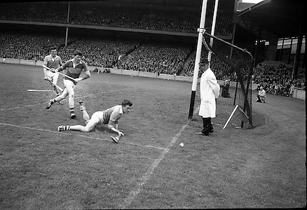 National League (Home) Final, Tipperary v Wexford, at Croke Park..10.05.1964