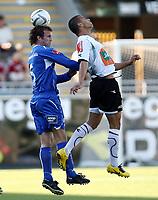 Fotball <br /> Adeccoligaen<br /> AKA Arena , Hønefoss <br /> 24.06.09<br /> Hønefoss BK  v  FK Haugesund 1-1<br /> Foto: Dagfinn Limoseth, Digitalsport <br /> <br /> Kamal Saaliti , Hønefoss og Trygve Nygaard , Haugesund