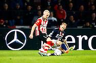09-04-2016 VOETBAL:PSV:WILLEM II:EINDHOVEN<br /> Jorrit Hendrix van PSV in duel met Frank van der Struijk van Willem II <br /> Foto: Geert van Erven