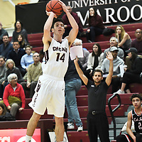 November 25,2017 - Chicago, IL,US - University of Chicago vs Lake Forest  at Gerald Ratner Athletics Center in Chicago IL. <br /> Chicago (Maroons) host Lake Forest (Foresters). Lake Forest wins 82-77.<br /> Credit: Dean Reid