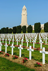 French Military Cemetary at Douaumont, Verdun, France.  The ossuary  containing the remains of soldiers who died on the battlefield during the Battle of Verdun in World War I can be seen in the background<br /> <br /> (c) Andrew Wilson   Edinburgh Elite media